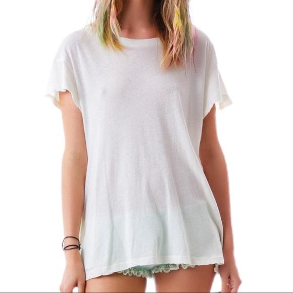 NWOT WILDFOX Hippie Crew White T-Shirt Sample